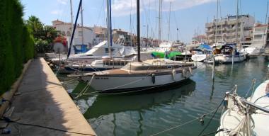 for-rent-mooring-berth-105-x-350m-for-sailboat-or-motorboat-in-ampuriabrava-costa-brava-spain