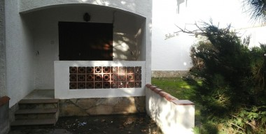 ground-floor-50m-from-the-beach-with-private-parking-empuriabrava-costa-brava