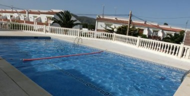 beautiful-house-with-2-bedrooms-communal-pool-and-private-garage-roses-costa-brava
