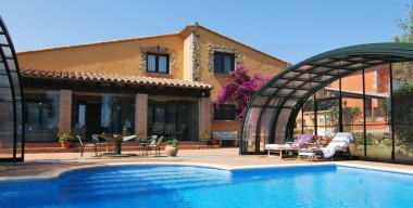 Image lovely-villa-with-covered-pool-and-2-golf-shares-in-the-first-line-of-golf-club-peralada-catalonia-spain