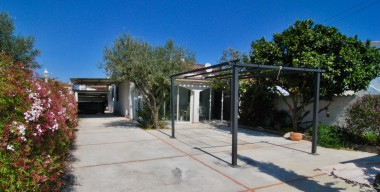 charming-renovated-house-with-jacuzzi-veranda-with-wood-stove-2-carports-2-bedrooms-castello-nou