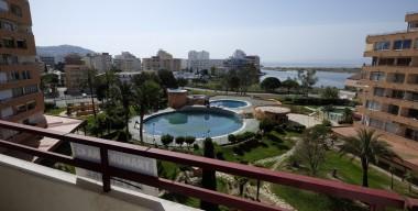 pretty-renovated-studio-with-sea-views-pools-tennis-courts-in-santa-margarita-roses-costa-brava