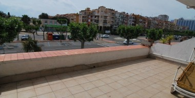 spacious-and-sunny-apartment-at-150mtr-from-the-beach-of-empuriabrava-costa-brava