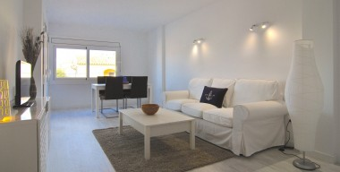 fully-renovated-apartment-in-the-city-center-2min-walk-from-the-beach-of-empuriabrava-costa-brava