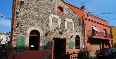 leasehold-rustic-bar-and-restaurant-existence-for-over-80-years-only-2-owners