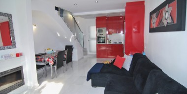 Image house-completely-renovated-with-charm-located-in-a-quiet-area-with-3-bedrooms-2-private-parking-terraces