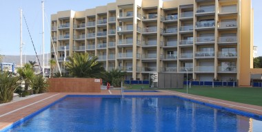 modern-apartment-with-2-bedrooms-and-beautiful-views-of-the-natural-park-and-the-canal-roses-bay-catalonia