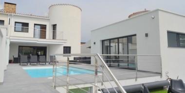 Image exclusive-villa-on-the-canal-with-4-bedrooms-independent-studio-mooring-of-125m-empuriabrava-costa-brava