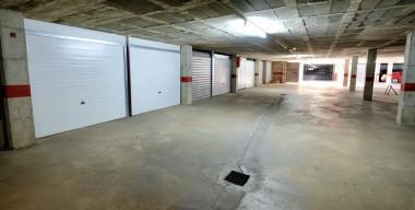 Image garatges-privats-al-soterrani-segur-a-prop-del-centre-i-la-platja-empuriabrava