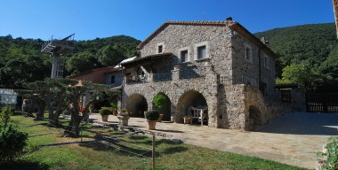 Image magnificent-renovated-farmhouse-of-the-xviiith-century-on-a-plot-of-48hectares-15-km-from-the-french-border-alt-emporda