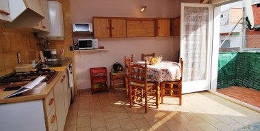 apartment-in-3rd-line-of-the-sea-from-the-beach-at-rosas-located-next-to-the-marina