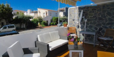 reserved-apartment-town-center-close-to-the-beach-2-terraces-option-to-buy-garage-of-23-m2-empuriabrava