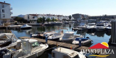 Image nice-apartment-with-mooring-and-private-parking-in-empuriabrava-costa-brava