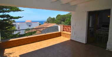 charming-house-on-600m2-of-land-5-minutes-walk-from-the-beach-of-canyelles-roses-costa-brava